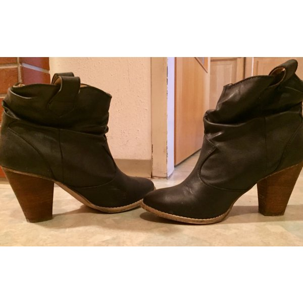 Bata Bottines noir