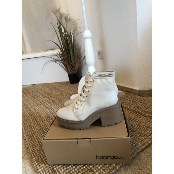 Beige Boots Boohoo Neu