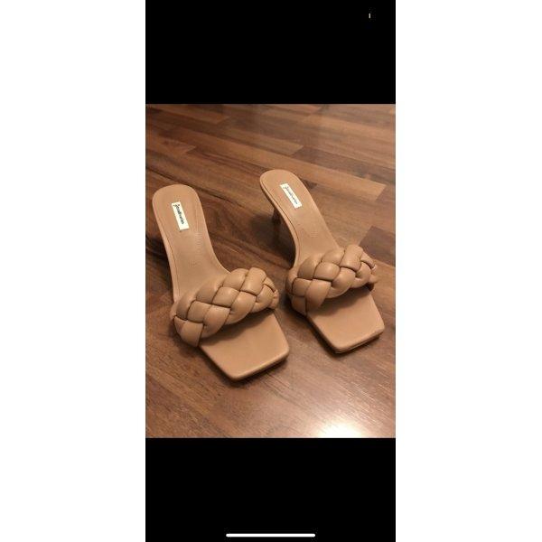 Beliebte Sandalen von Stadivarius