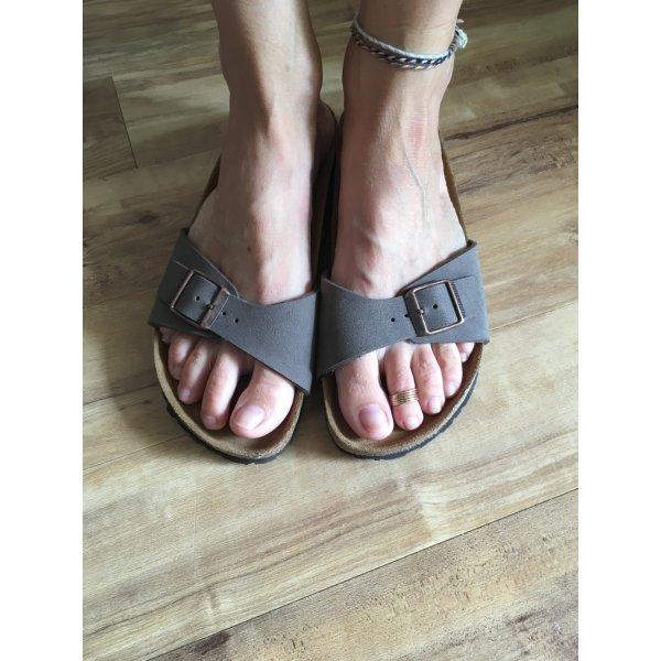 Birkenstock Sandalo con cinturino marrone chiaro