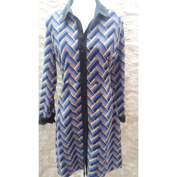 """Blusenkleid 35 Euro Blusenkleid """" Elli White"""" Kragen: Umlegekragen Verschluss: Knopf, durchgehender Knopfleiste Seitennähte eingearbeiteten Taschen Muster: Print 100% Polyester"""