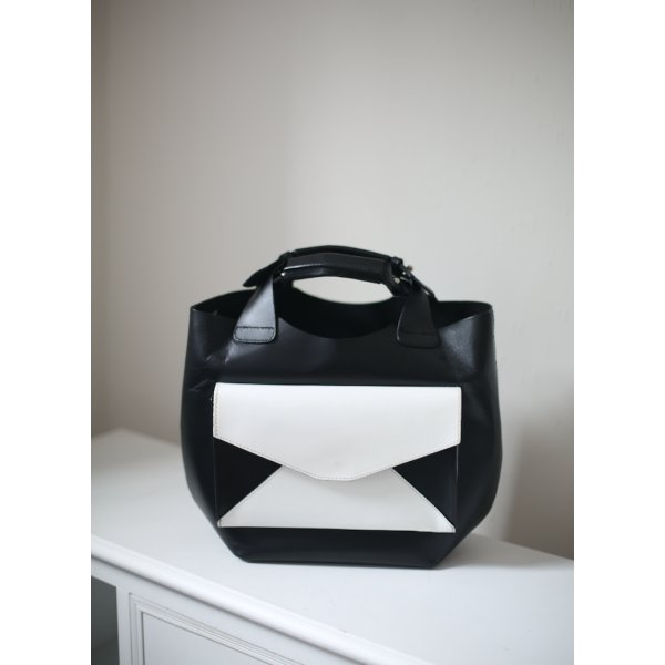 bucket bag korbtasche zara schwarz wei xxl vintage stil leder m dchenflohmarkt. Black Bedroom Furniture Sets. Home Design Ideas
