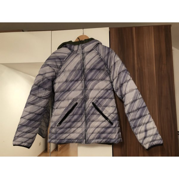 Burton Wind & Rainstopper