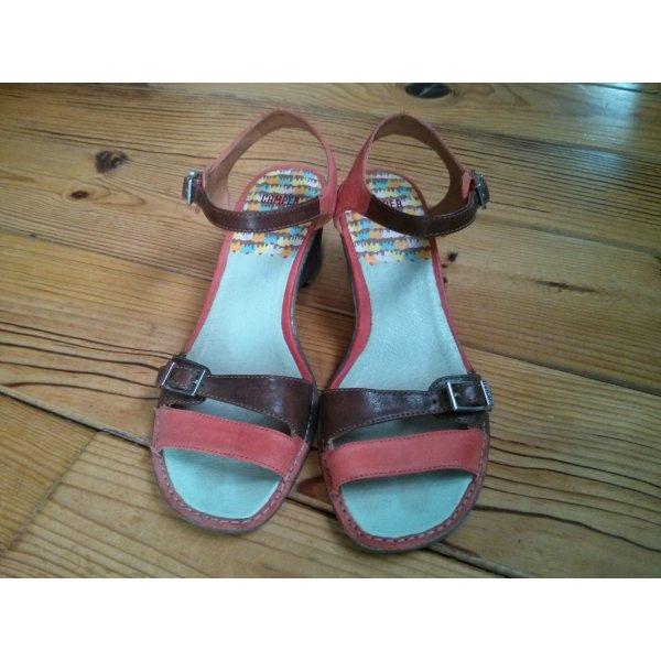 Camper Sandalen aus Leder mit Keilabsatz