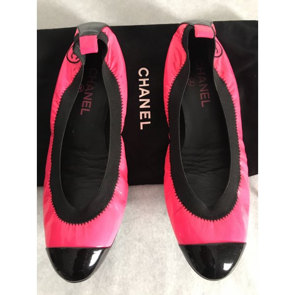 Chanel Patent Leather Ballerinas neon pink