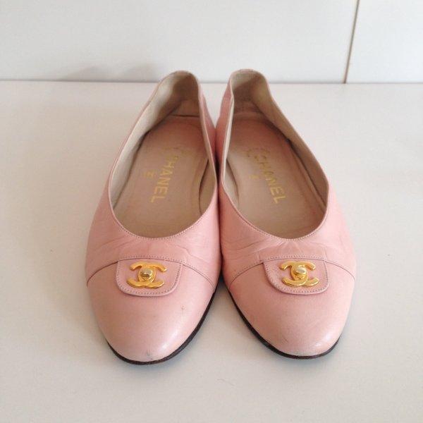 Chanel Ballerinas  in Zart Apricot/36