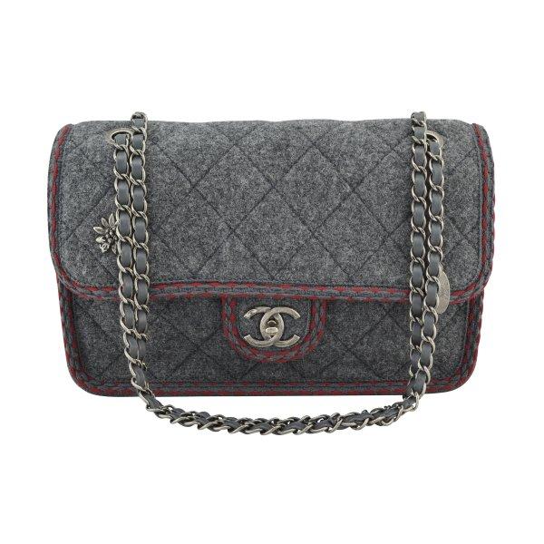 Chanel Wool Flap Bag Edelweiß Handtasche @mylovelyboutique.com