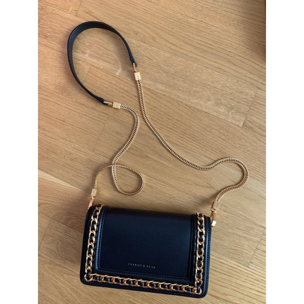 Charles and Keith Tasche Neu