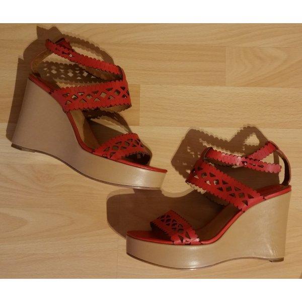 Chloé Wedges Sandalen mit schöner Lochmusterung