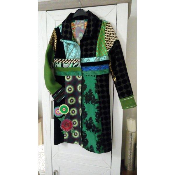 Desigual Abrigo negro-verde