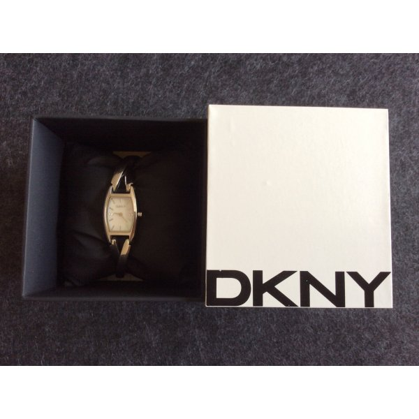 Donna Karan Armbanduhr