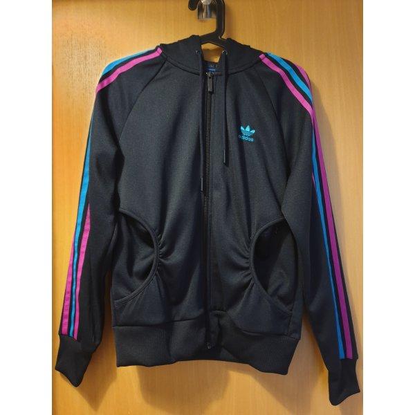 dunkelblaue Jacke von Adidas