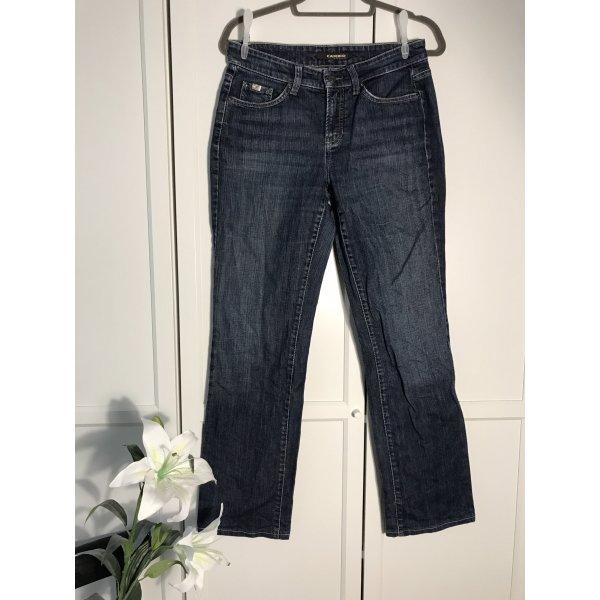 Dunkelblaue Jeans mit kleinem Strass