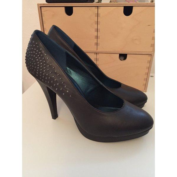 dunkelgraue pumps high heels mit nieten gr 40. Black Bedroom Furniture Sets. Home Design Ideas