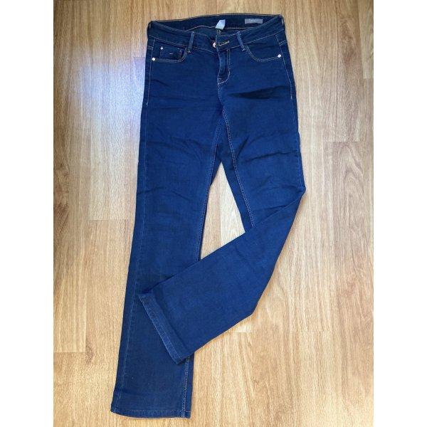 Eine sehr schöne Mango Jeans Hose in dark Blue Gr 34 wie Neu