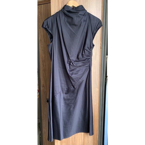 Elegantes Sommerkleid von Boss