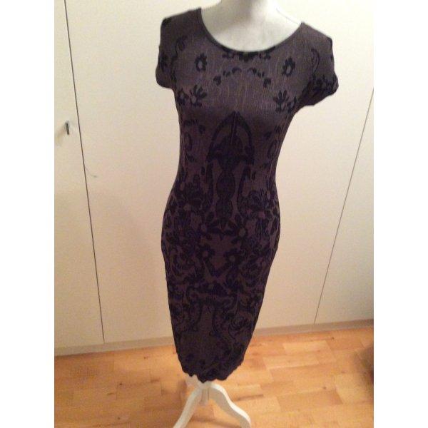 Exklusives Aldo Martins Kleid mit Unterkleid