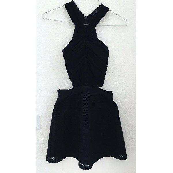 Extravagantes Kleid mit Cut Outs