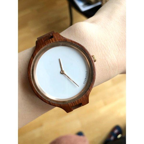 Fast neue Kerbholz Uhr