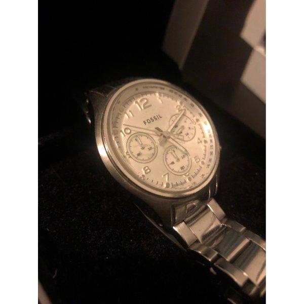 Fossil-Uhr