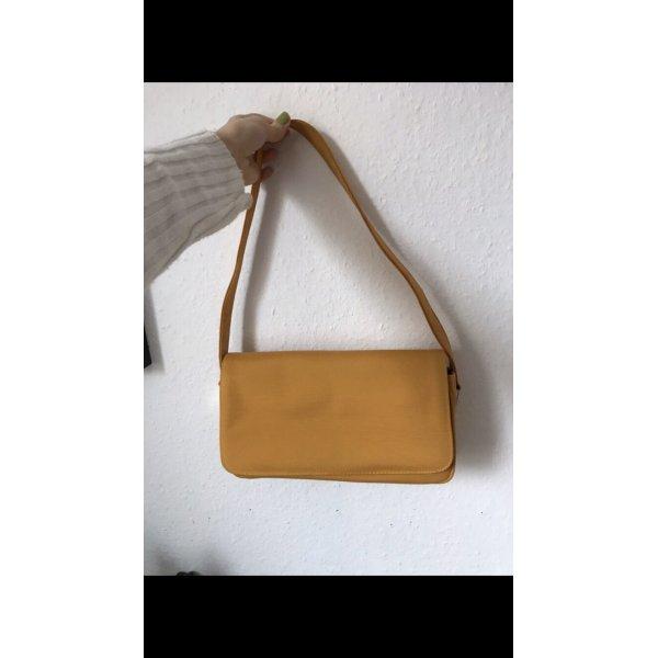 Gelbe Handtasche y2k
