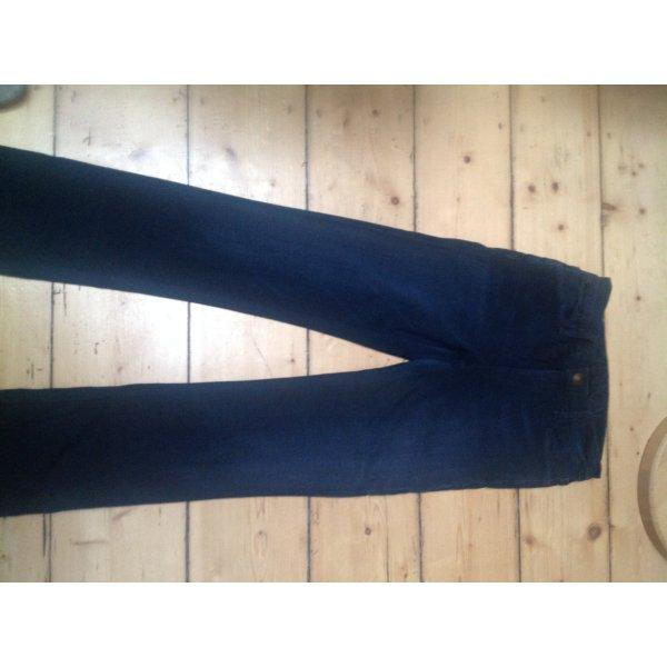 Goldsign Jeans in einem ganz tollen weichen Material
