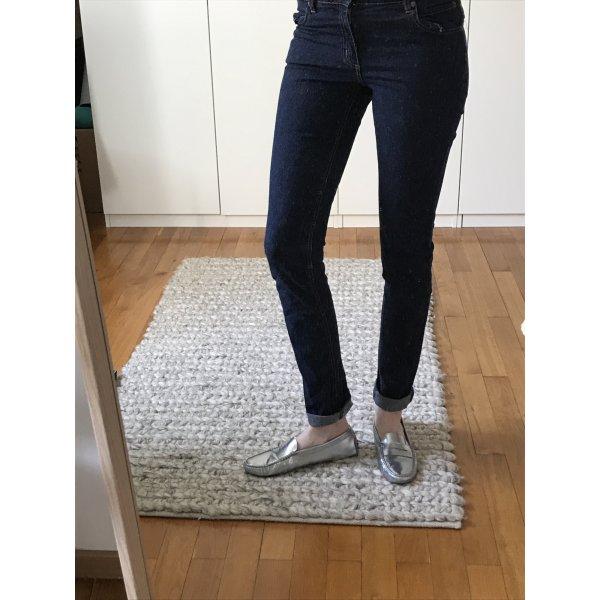 Grade geschnittene Jeans