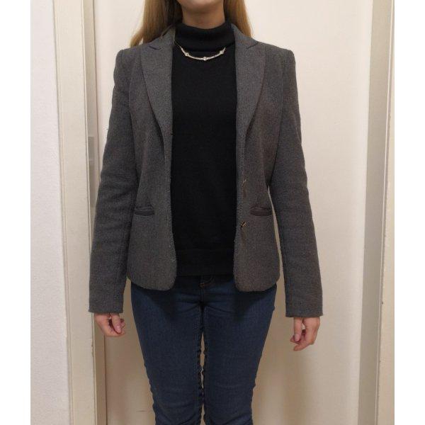 Grauer Winterblazer von Armani Jeans
