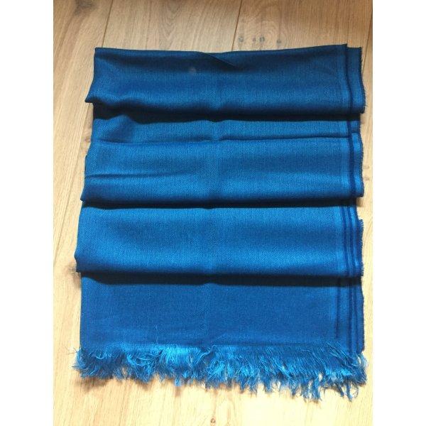 Großer Schal von Hugo Boss neu