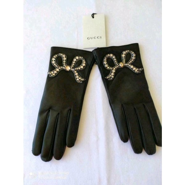 GUCCI LEATHER RIDING GLOVES CRYSTAL AND SILVER BOW SIZE M 7,5 EU
