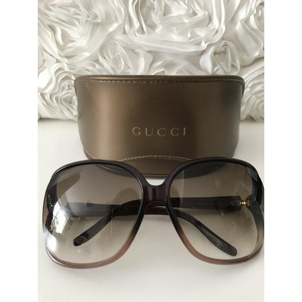 Gucci Sunglasses, très chic