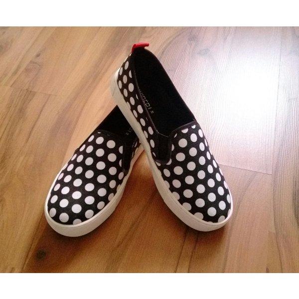H&M Slippers white-black