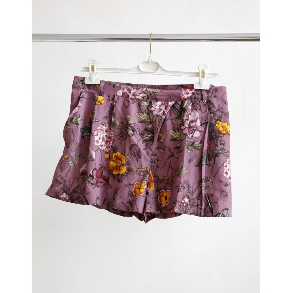 H&M Shorts mit Floral-printed