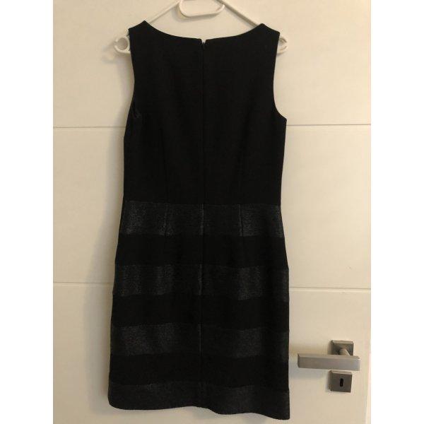 Halluber Kleid mit Blazer