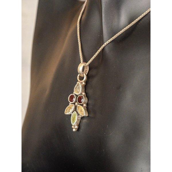 Halskette mit Anhänger silber und bunten Steinen