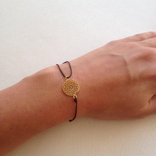 handgemachtes Armband braun-gold mit praktischem Verschluss