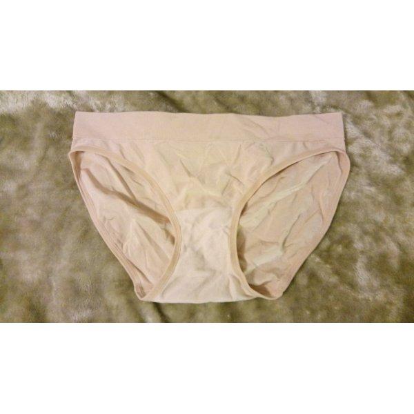 Hautfarbene Unterhose Größe L