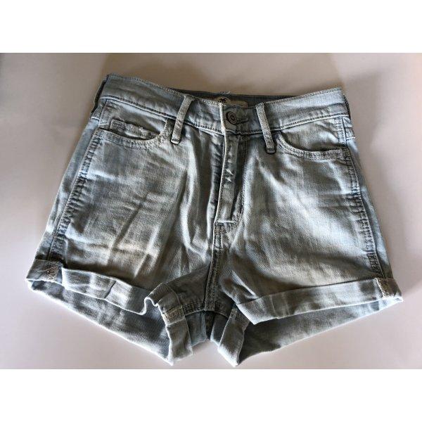 Hellblaue Shorts von Hollister