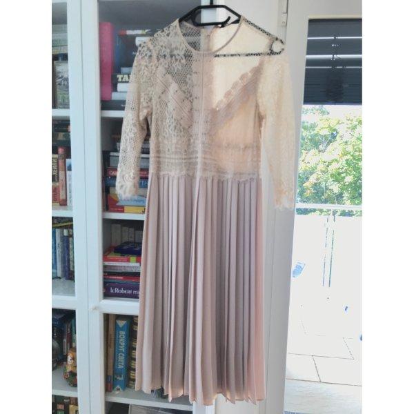 Hellrosanes Kleid von Zara