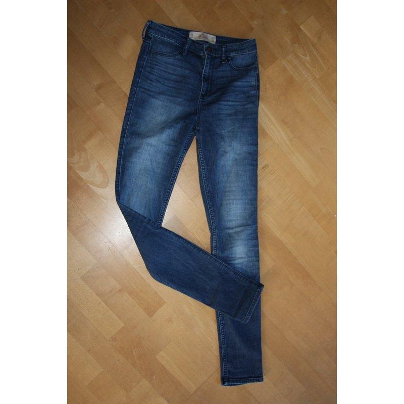 Hollister Jeans Legging high rise Gr. 3L  W26/L31