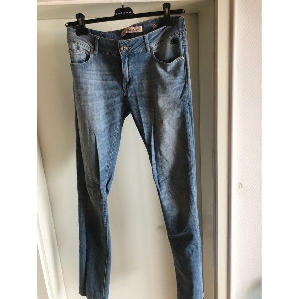 Jeans Größe 29