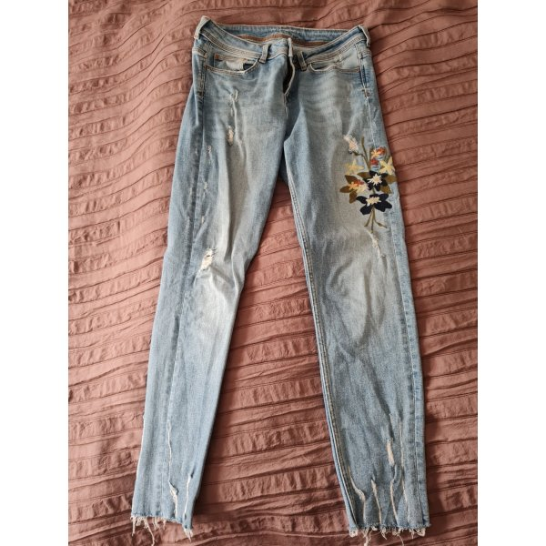 Jeans mit edler Stickerei