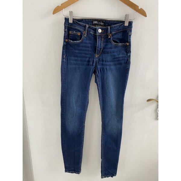 Jeanshose von Zara Woman Größe Medium