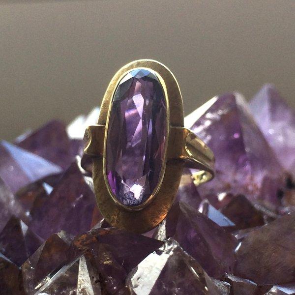 Jugendstil Amethyst Ring, 585 Gelbgold, Top Handarbeit