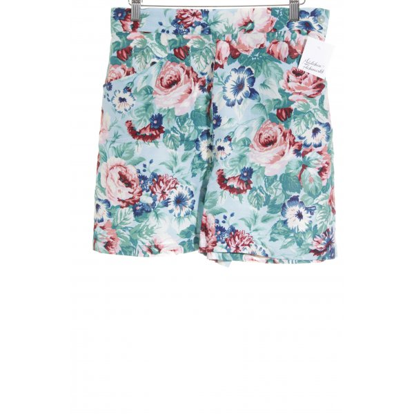 kenzo jungle Shorts florales Muster Street-Fashion-Look