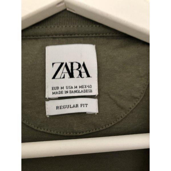 Khakifarbendes Shirt von Zara