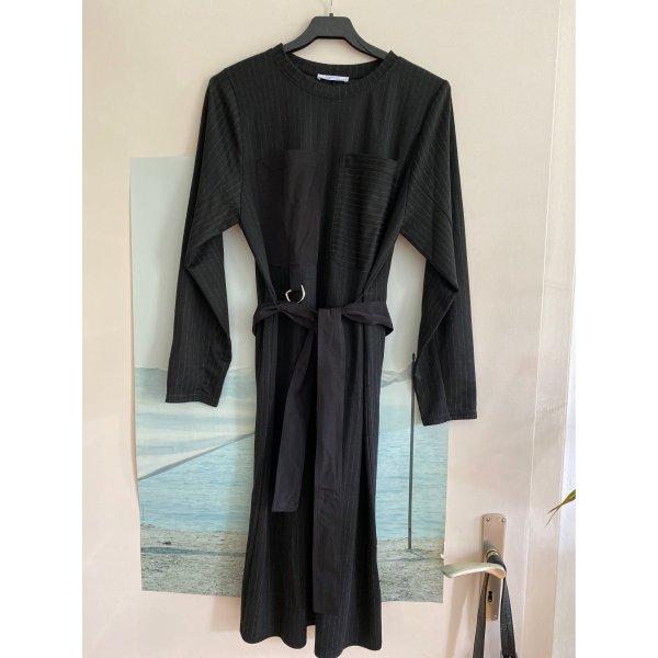 Kleid gestreift langärmelig von Zara