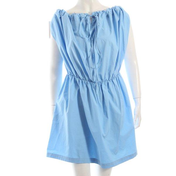 Kleid hellblau klassischer Stil