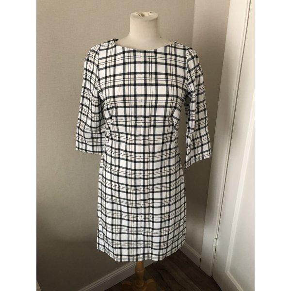 Kleid von einer Schneiderin