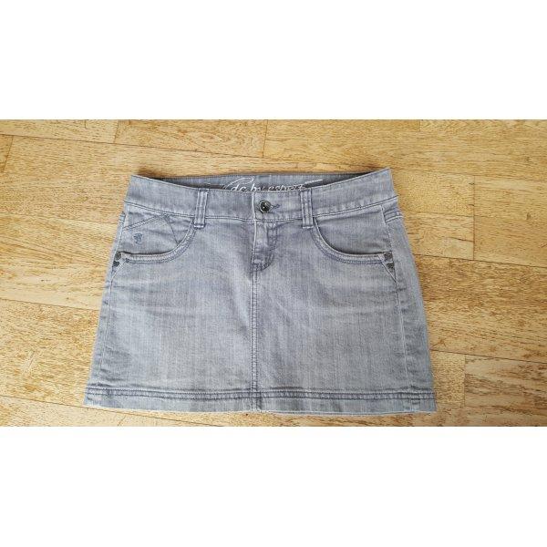 kurzer Jeansrock hellgrau